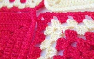 4 carrés granny rouge et jaune